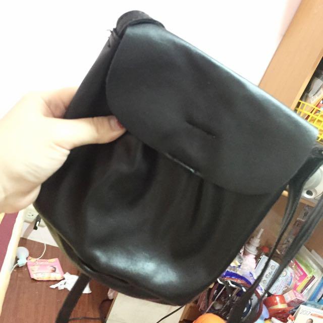 黑色小包包