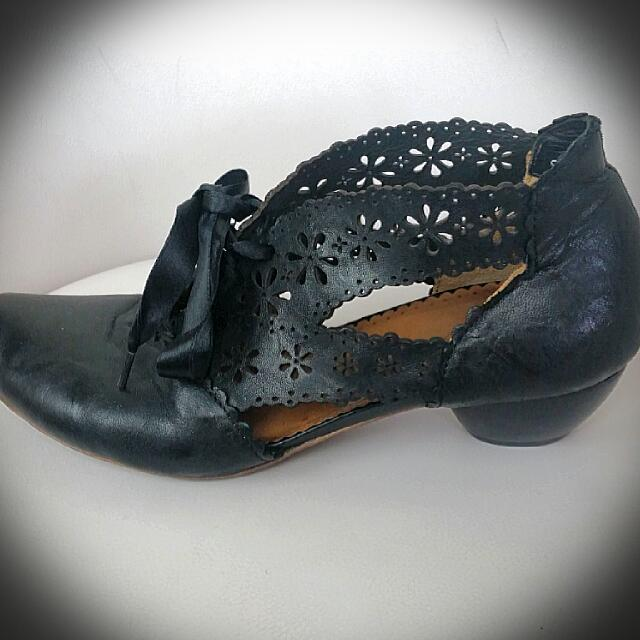Black Kitten Heels With Cut Out Designs Size 41
