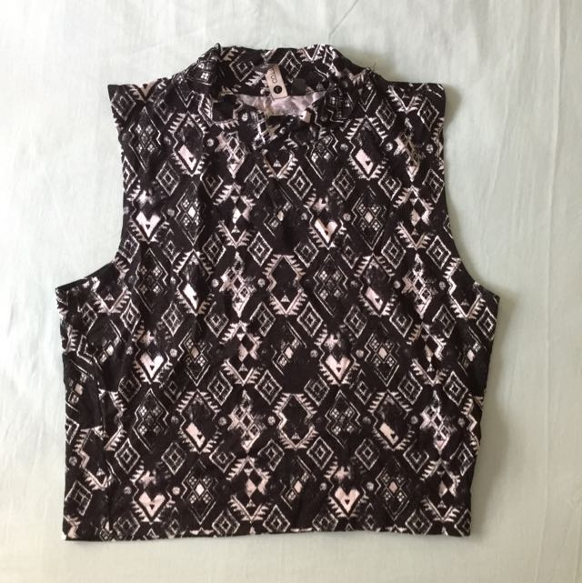 Cotton On Crop Patterned Top