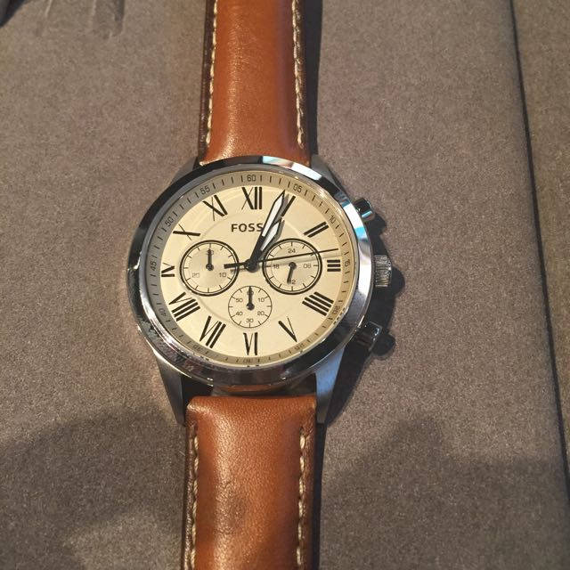 fossil watch (authentic)