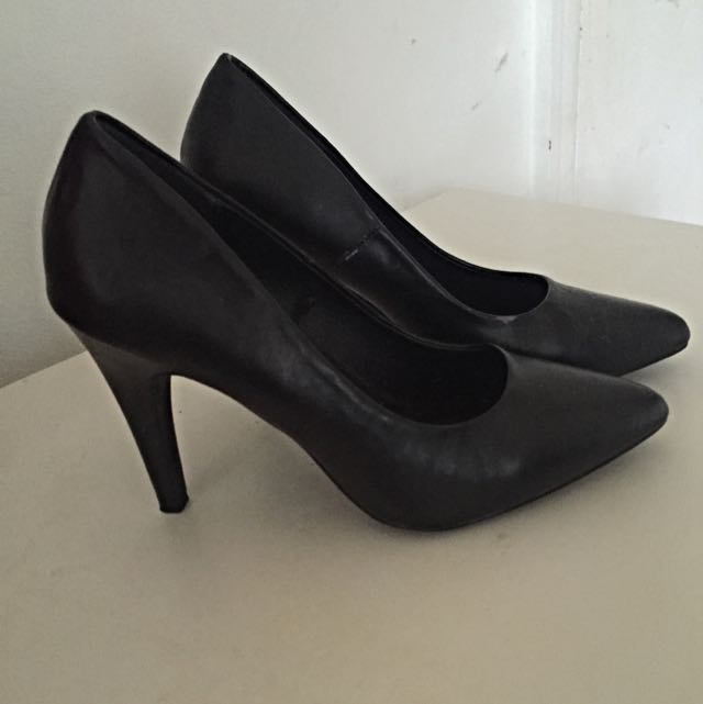 Girl Express Black Heels