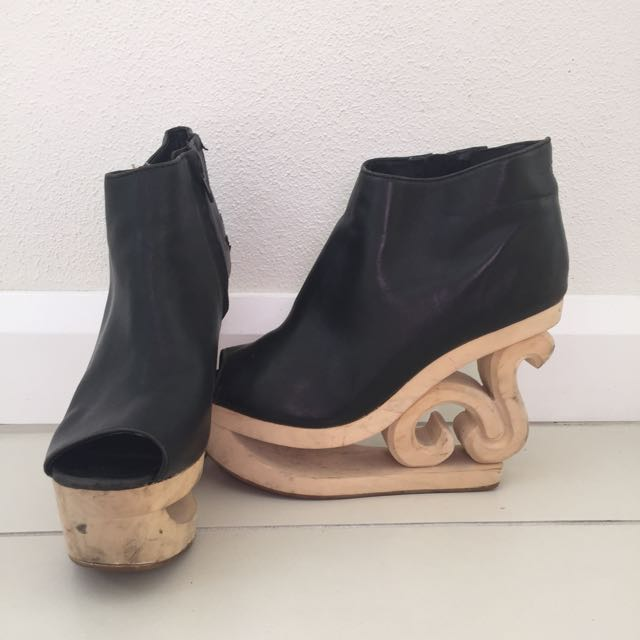 Jeffrey Campbell (Skate Boots)