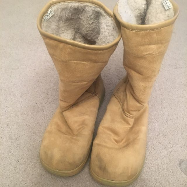 Light Tan Size 6 Light Tan Winter Ugg Type Boots By PO Box Used