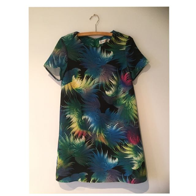 Size 8 Sunny Girl Dress