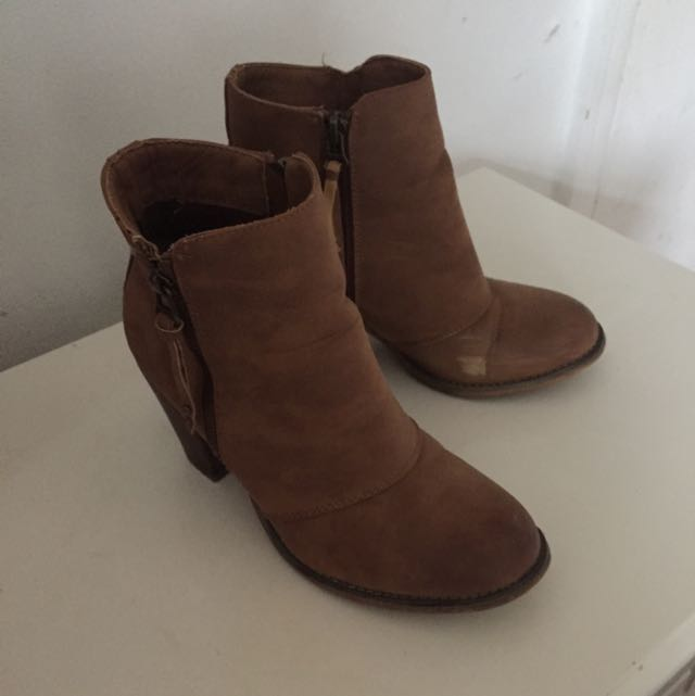 Therapy Healed Brown Booties