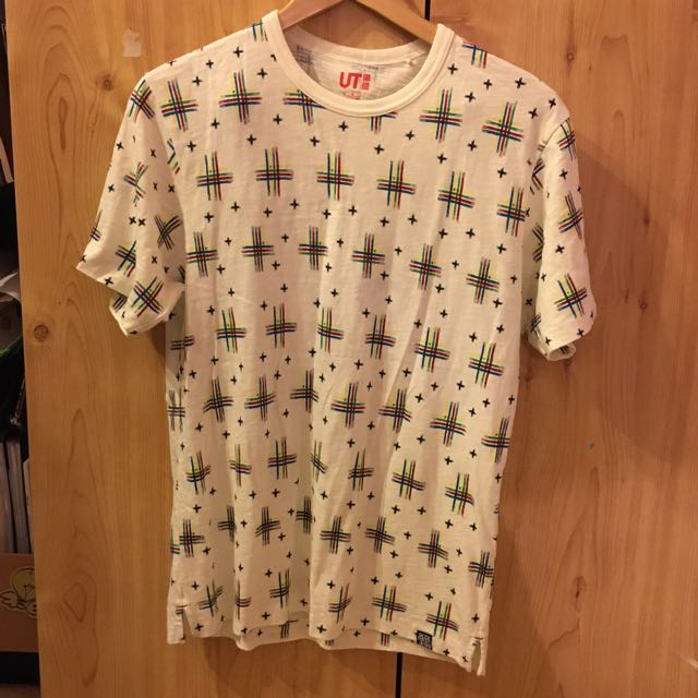 UNIQLO Patterned T-Shirt