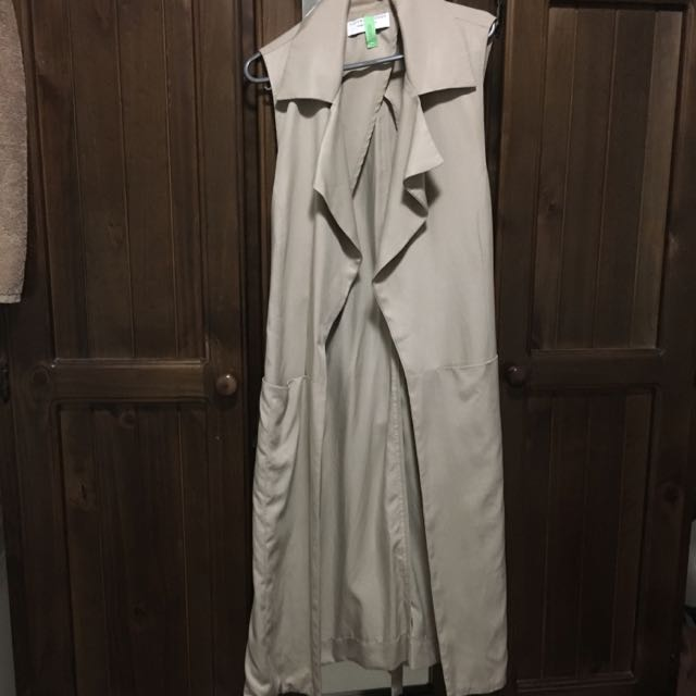 Viktoria & Woods Sleeveless Coat