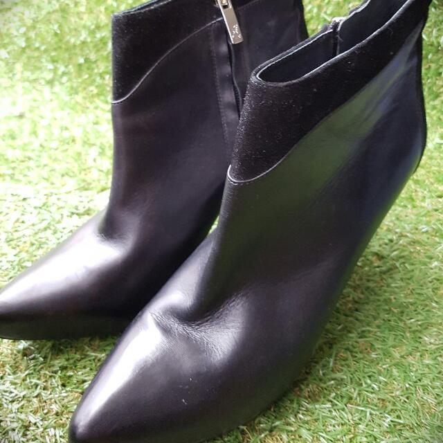 Wittner Leather Ankle Boots (10)