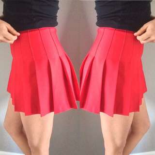 American Apparel Tennis skirt in red