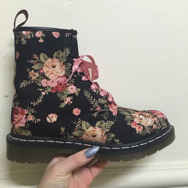 8 Eye Floral Doc Martens