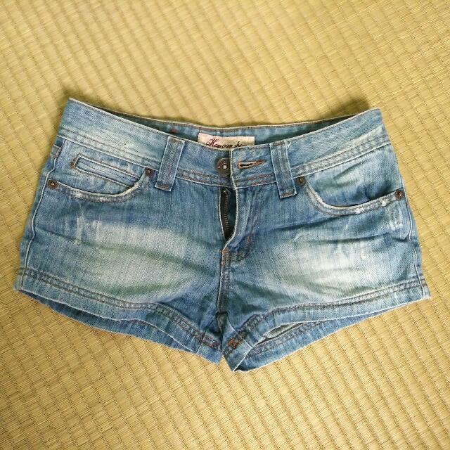 單寧牛仔短褲