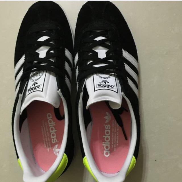 adidas 黑色 鞋