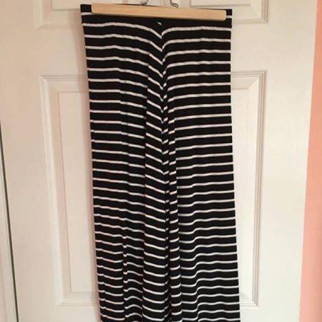 Black And White Strip Maxi Skirt