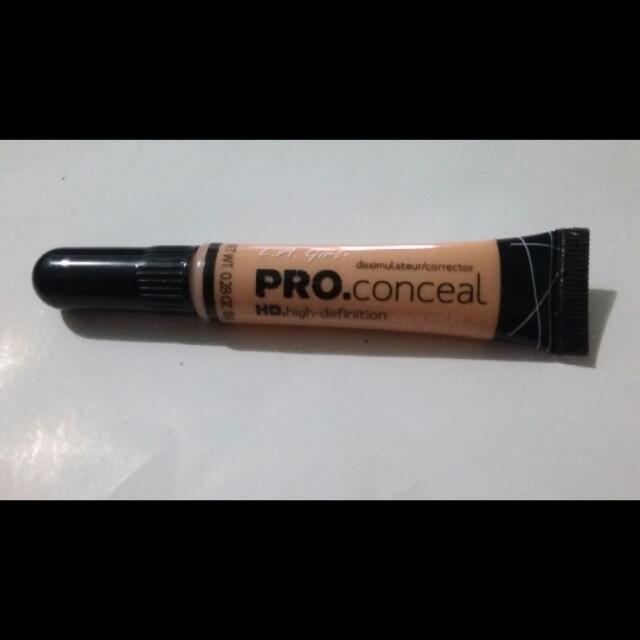 La Girl Pro Concealer (Light Ivory)