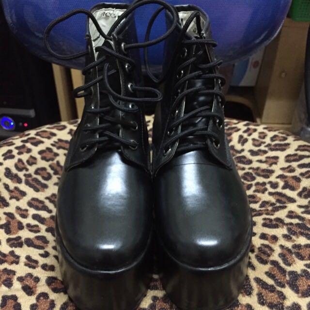 MJR 黑色厚底鞋