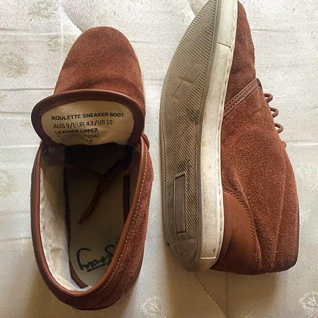 Roulette Sneaker Boot