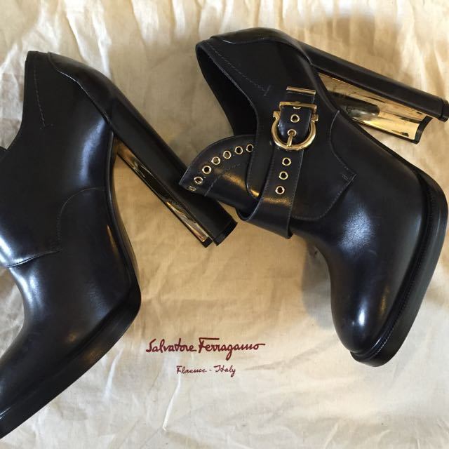 Salvatore Ferragamo heeled shoe boot