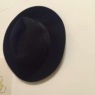 Forever 21黑色大圓紳士帽