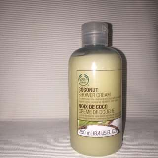 Body Shop - Coconut Shower Cream