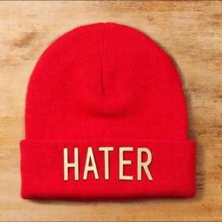 Hater紅色毛帽