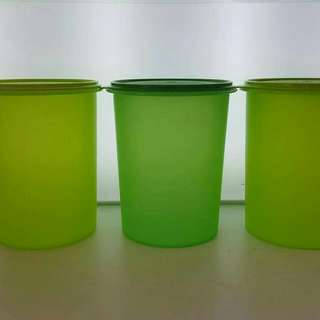 TUPPERWARE Tall canister 10L