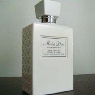 Miss Dior廸奧芬芳潤膚乳