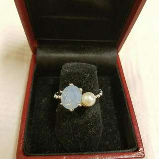 Pearl/Blue Ring