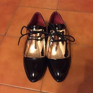 英倫風金屬鐵片造型牛津鞋