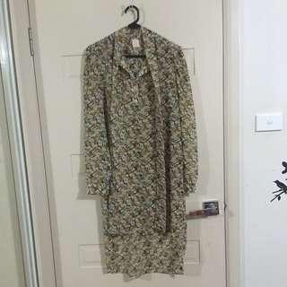 Hijab House Floral Shirt - Size 12