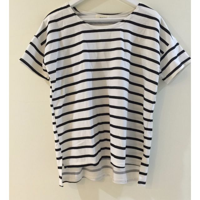 全新商品 ♥ 黑白條紋短袖上衣