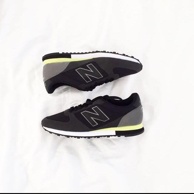 BN Black Sneaker