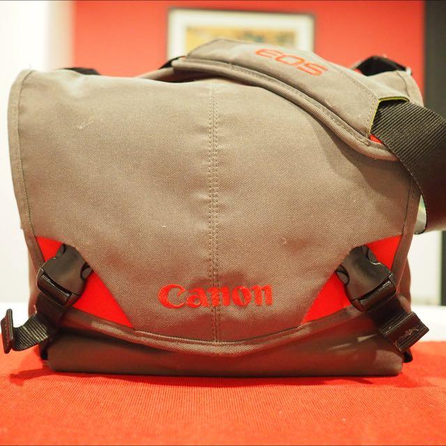 Crumpler Six Million Dollar Bag (Canon EOS)