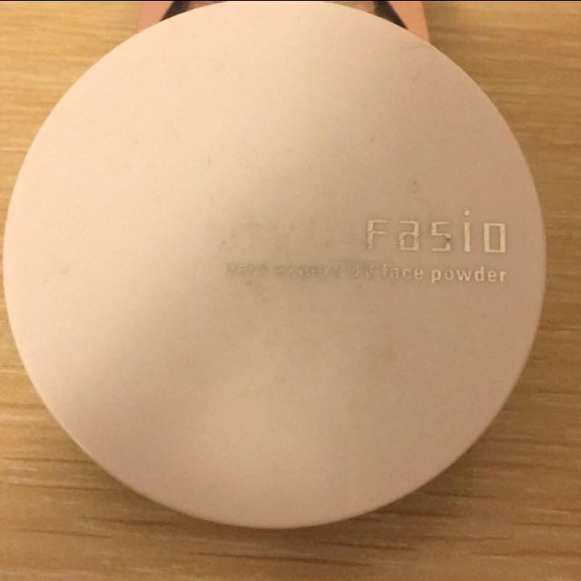 Fasio 零瑕系UV清爽控油蜜粉