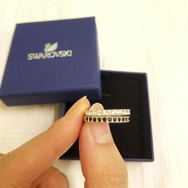 Genuine Swarovski Black And White Ring Set