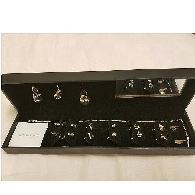 Pierre Cardin Jewelry Box With Mirror