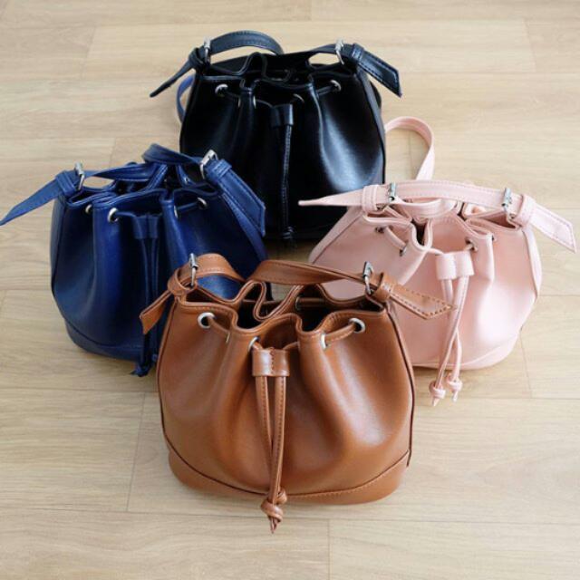 Pinky Bucket Bag (No Brand)