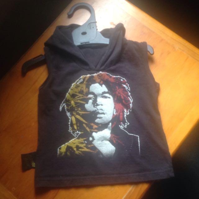 Sleeveless Bob Marley hoodie