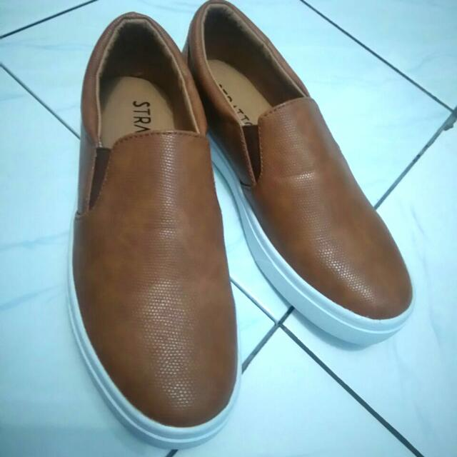 Stratto Slip On Shoes ( Bought Online From Berrybenka)