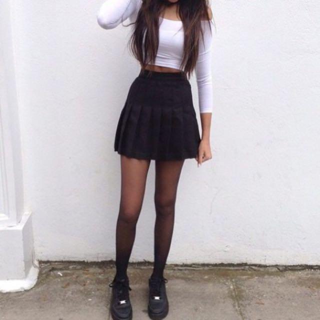 2181f85257 Tumblr Tennis Skirt (Black), Women's Fashion on Carousell