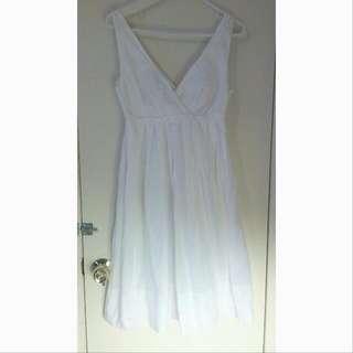 PRICE DROP !!Gap Summer Dress