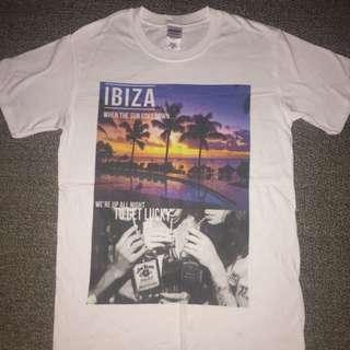 MENS Size Small IBIZA T-shirt