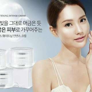 🚚 韓國Cloud-X 九朵雲 多功能面霜-升級版 白瓶