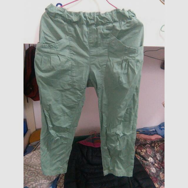點點綠八分寬口褲