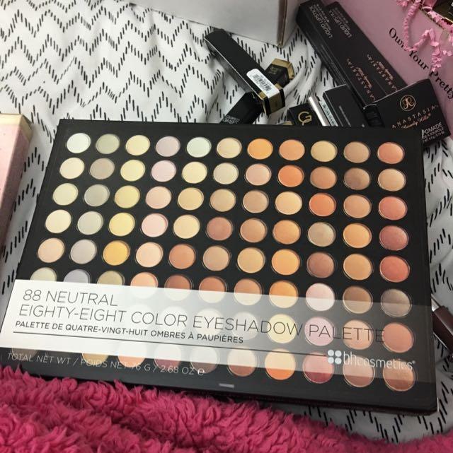 Bh 88 Neutral Eyeshadow Palette