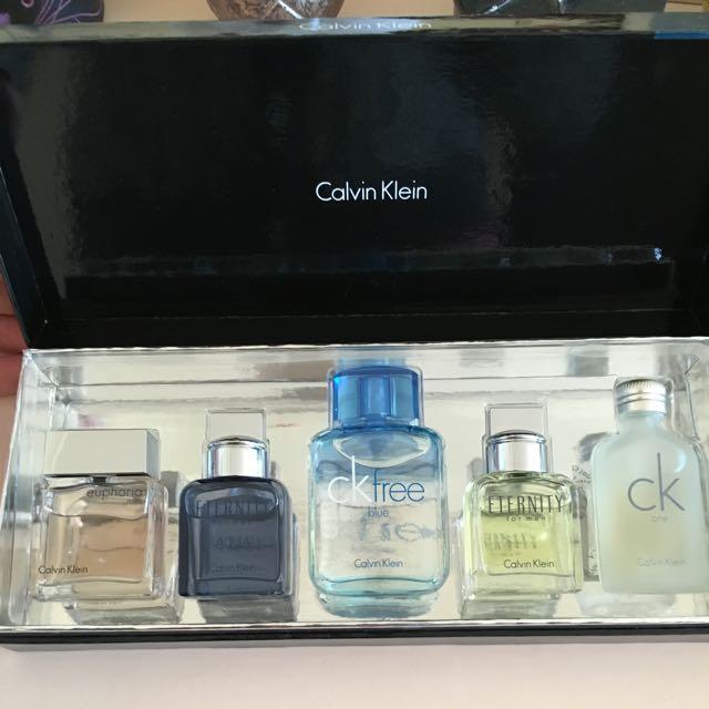 Calvin Klein Perfume Set 💸pending