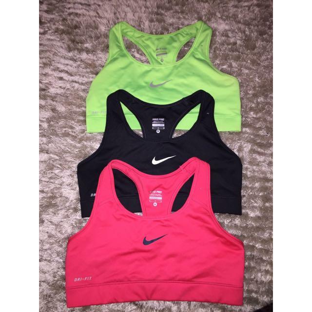 Nike Sports Crop