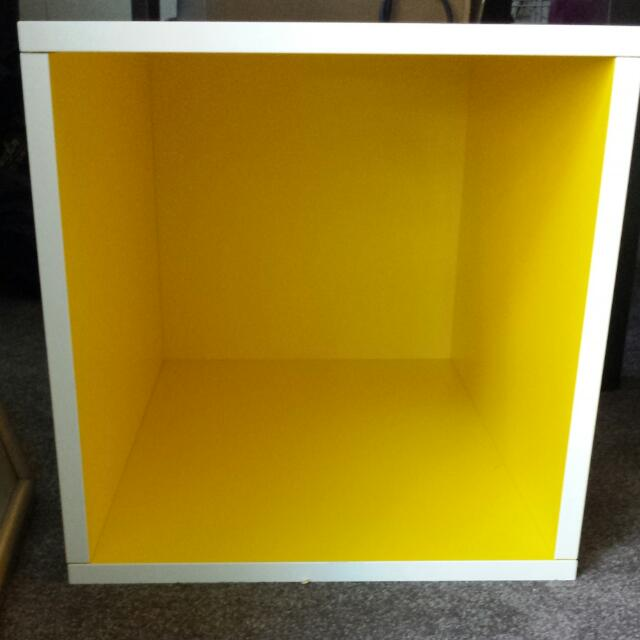Open Cabinet - Shelf - Box