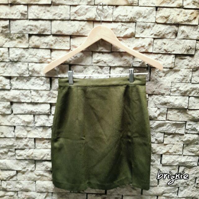 PRE💚 - Green Mini Skirt