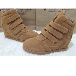 sneakers / wedges sneakers