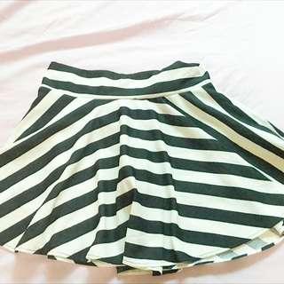 基本百搭款 黑色條紋褲裙 💯全新 僅試穿
